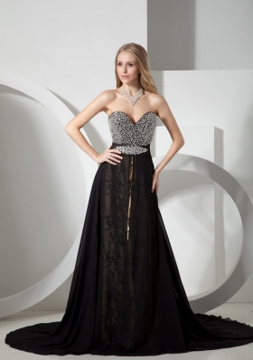 Black Sweetheart Neckline Beaded Decorate Chiffon Evening Dress With Court Train