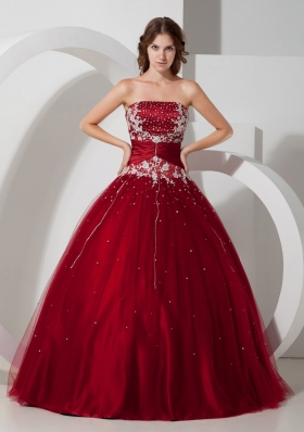 Wine Red Ball Gown Strapless Floor-length Satin and Tulle Appliques and Beading Quinceanera Dress