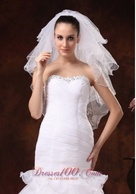 Four-tier Elbow Wedding Veil With Pencil Edge