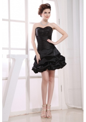 Sweetheart Neckline A-line Pick-ups Black Taffeta Mini-length 2013 Prom Dress