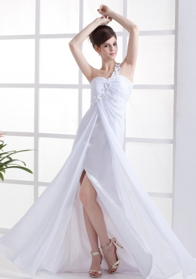 Hand Made Flowers Decorate One Shoulder White Chiffon High Slit Brush Train 2013 Prom Dress
