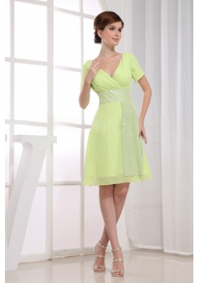 A-Line V-neck Prom Dress Chiffon Knee-length Homecoming Yellow Green