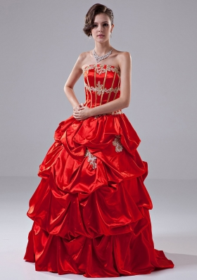 Appliques A-Line Taffeta Floor-length Strapless Quinceanera Dress Red
