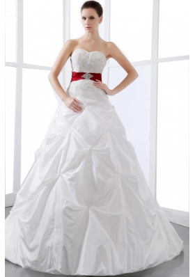 2013 Elegant Wedding Dress With Sweetheart Appliques And Pick Ups Chapel  Train