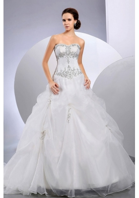 Organza Ball Gown Court Train Appliques Sweetheart Wedding Dress