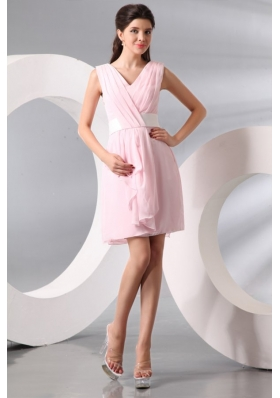Column Baby Pink V-neck Chiffon Short Prom Cocktail Dress