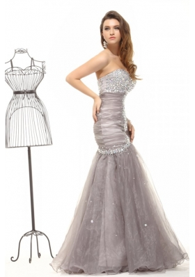 Mermaid Gray Sweetheart Beading and Ruching Organza Long Prom Dress