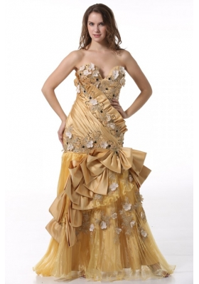 Bowknot Unique Sweetheart Gold Prom Dress with Beading and Flowers