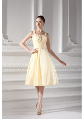 Empire Light Yellow Knee-length Short Prom Dress with Ruching