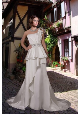 Inexpensive One Shoulder Beading Wedding Dress with Court Train