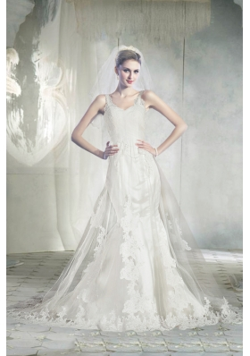 2015 Elegant Straps Chapel Train Lace Wedding Dresses with Appliques