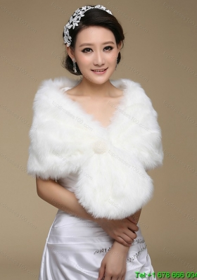 2015 Brand Pearl Front Closure Faux Fur White Wraps