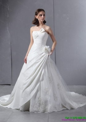 2015 Elegant Strapless Wedding Dress with Hand Made Flowers and Ruching