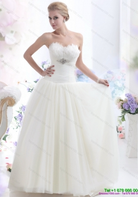 2015 Simple Sweetheart Wedding Dress with Beading