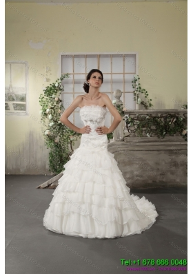 2015 Strapless White Bridal Gowns with Ruffled Layers and Court Train
