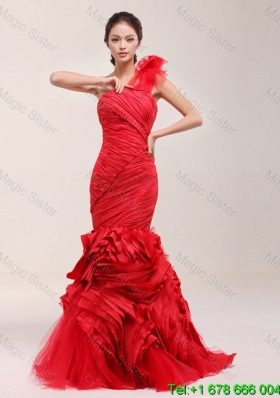 Classical 2016 Ruching and Ruffles Brush Train Wedding Dress in Red