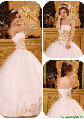 Cheap Appliques Quinceanera Gowns in White for 2016