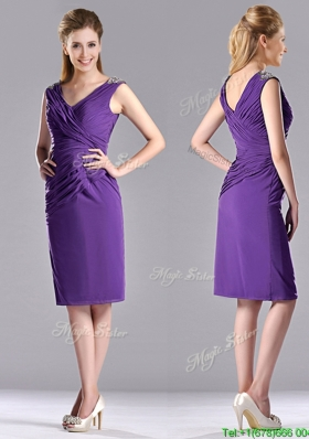 Cheap Column V Neck Knee-length Short Christmas Party Dress in Purple