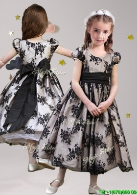 Exquisite Scoop Short Sleeves Black Little Girl Pageant Dress with Sashes