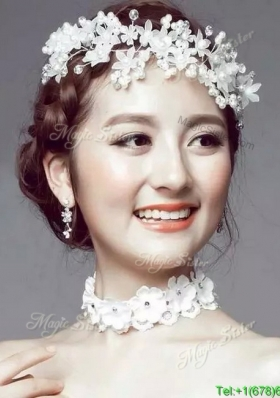 Luxurious Hand Made Flowers and Imitation Pearls Headpieces for Wedding