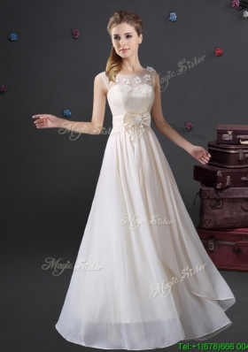 Popular See Through Scoop Dama Dress with Appliques and Bowknot