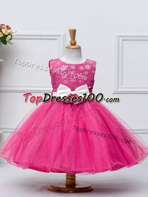 Scoop Sleeveless Little Girls Pageant Dress Knee Length Lace and Bowknot Hot Pink Tulle
