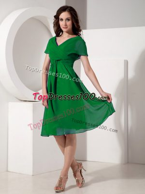 Green V-neck Neckline Ruching Mother of the Bride Dress Short Sleeves Zipper