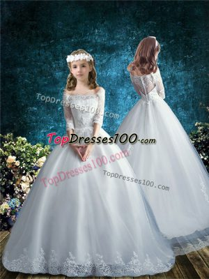 Half Sleeves Lace Clasp Handle Flower Girl Dress with White Brush Train