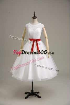 White Short Sleeves Tulle Clasp Handle Wedding Dress for Wedding Party