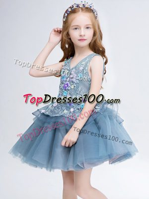 V-neck Sleeveless Tulle Toddler Flower Girl Dress Lace and Appliques Lace Up