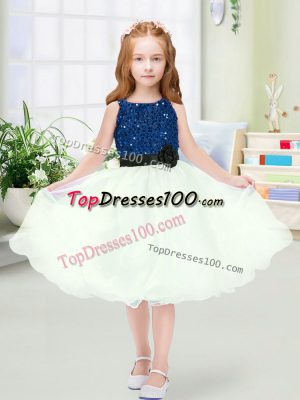 Unique Blue And White Zipper Flower Girl Dresses for Less Sequins and Hand Made Flower Sleeveless Knee Length