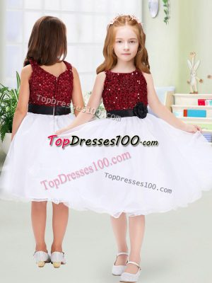 Hot Selling Knee Length White Flower Girl Dress Organza Sleeveless Sequins and Hand Made Flower