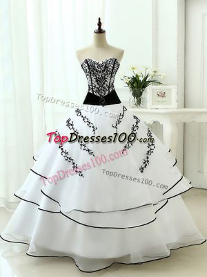 Graceful Sweetheart Sleeveless Organza Sweet 16 Quinceanera Dress Beading and Appliques Lace Up