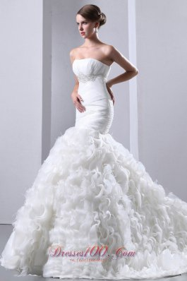 Fashionable Mermaid Strapless Court Train Organza Beading and Ruffles Wedding Dress