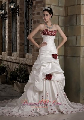 Graceful A-line Sweetheart Chapel Train Taffeta Embroidery Hand Made Flowers Wedding Dress