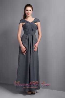 2013 Cheap Grey Chiffon V-neck Cap Sleeves Bridesmaid Dress