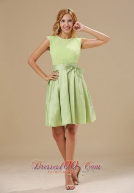 2013 Warrensburg Yellow Green Knee-length Bowknot Decorate Wasit Scoop Taffeta and Chiffon Prom / Homecoming Dress For 2013