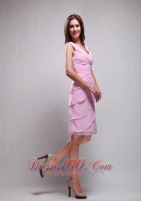2013 Pink Column V-neck Knee-length Chiffon Ruch Prom / Homecoming Dress