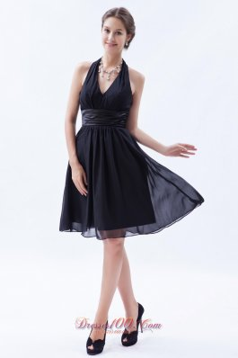 Cheap Black Empire Halter Knee-length Chiffon Ruch Bridesmaid Dress