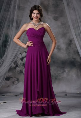 Cheap Sibley Iowa Ruched Decorate Bodice Purple Chiffon Brush Train Sweetheart Neckline 2013 Prom / Evening Dress
