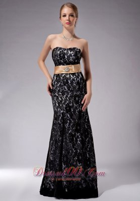 2013 Beautiful Black Column Strapless Mother Of The Bride Dress Lace Sash Floor-length