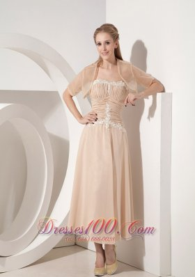 Popular Popular Champagne Column Strapless Mother Of The Bride Dress Chiffon Appliques Tea-length