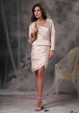 Customize Light Pink Mother of the Bride Dress Column / Sheath Strapless Satin Ruch Knee-length