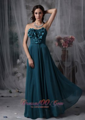 2013 Pretty Peacock Green Cheap Bridesmaid Dress Empire Strapless Chiffon Hand Made Flowers Floor-length