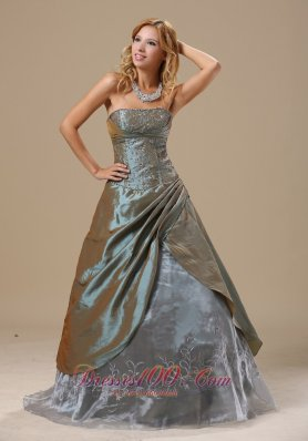 Clearence Olive Green Embroidery In Baton Rouge Louisiana For 2013 Dama Dresses for Quinceanera Custom Made