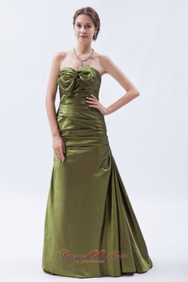 Plus Size Olive Green A-line / Princess Strapless Brush Train Taffeta Ruch and Bow Bridesmaid Dress