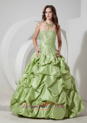 Designer Elegant Yellow Green A-line Strapless Prom Dress Taffeta Appliques Floor-length