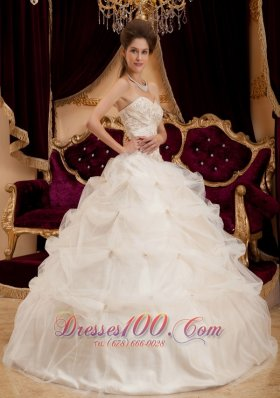 New Beautiful Ivory Quinceanera Dress Sweetheart Satin and Organza Embroidery Ball Gown