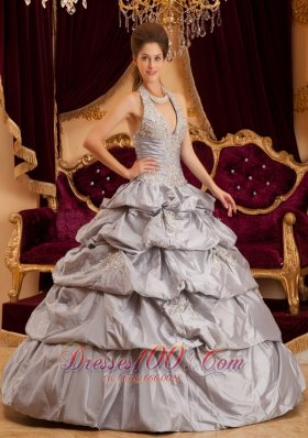 New Romantic Gray Quinceanera Dress Halter Taffeta Appliques Ball Gown