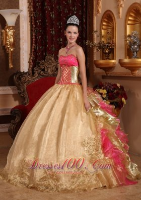 New Popular Champagne Quinceanera Dress Strapless Organza Embroidery Ball Gown